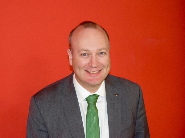 Ian Watts